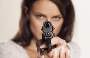 woman-pointing-pistol