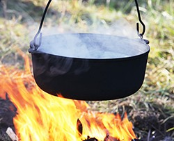 boiling-water-on-campfire